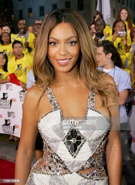 Beyonce during 2006 MTV Video Music Awards MTVcom Red Carpet at Radio City Music Hall in New York City New York United States