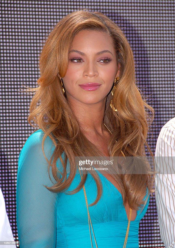 2006 MTV Video Music Awards - Nomination Announcement : News Photo
