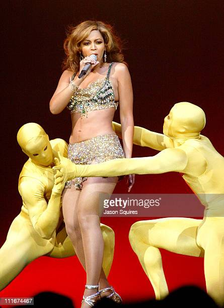 Beyonce during Verizon 'Ladies First' Tour in Chicago on April 2 2004 at Allstate Arena in Rosemont Illinois United States