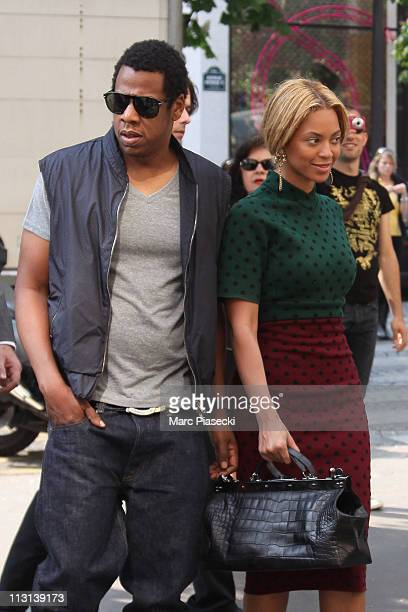 Beyonce Knowles and Jay Z arrive at 'Fouquet's Barriere' restaurant on April 24 2011 in Paris France