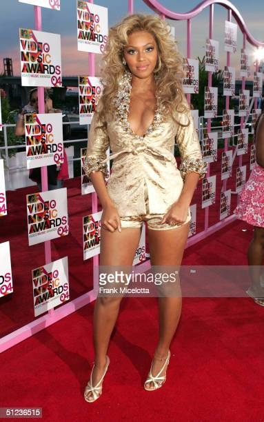Beyonce Knowles arrives at the 2004 MTV Video Music Awards at the American Airlines Arena August 29 2004 in Miami Florida
