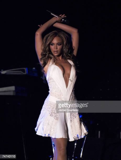 Beyonce Knowles at the Cipriani's Wall Street in New York City New York