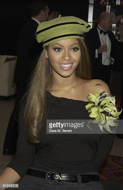 TIME**** Beyonce Knowles attends La Dolce Vita charity dinner and concert part of the Grand Prix Weekend at Stowe House on July 10 2004 in Buckingham...