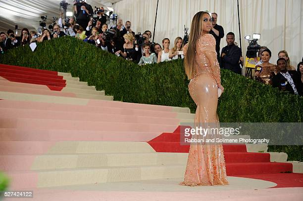 Beyonce Knowles attends 'Manus x Machina Fashion In An Age Of Technology' Costume Institute Gala at
