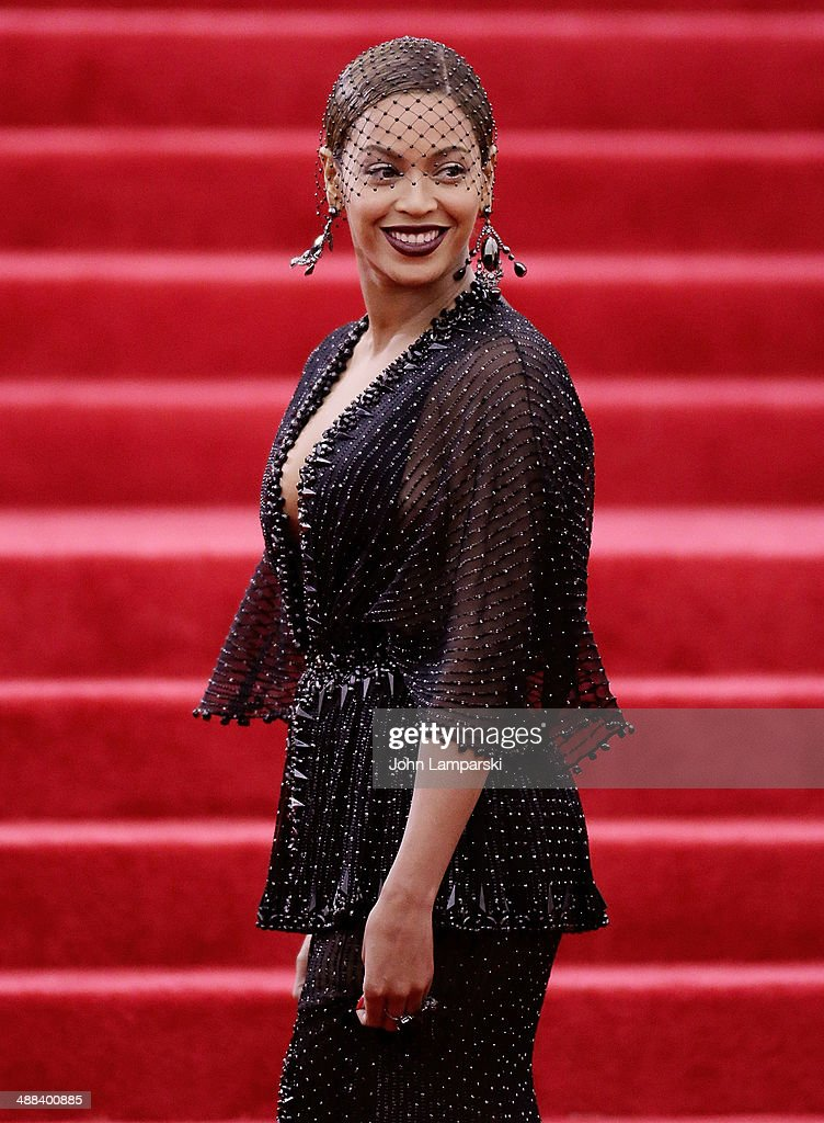 Beyonce Knowles attends the 'Charles James: Beyond Fashion' Costume Institute Gala at the Metropolitan Museum of Art on May 5, 2014 in New York City.