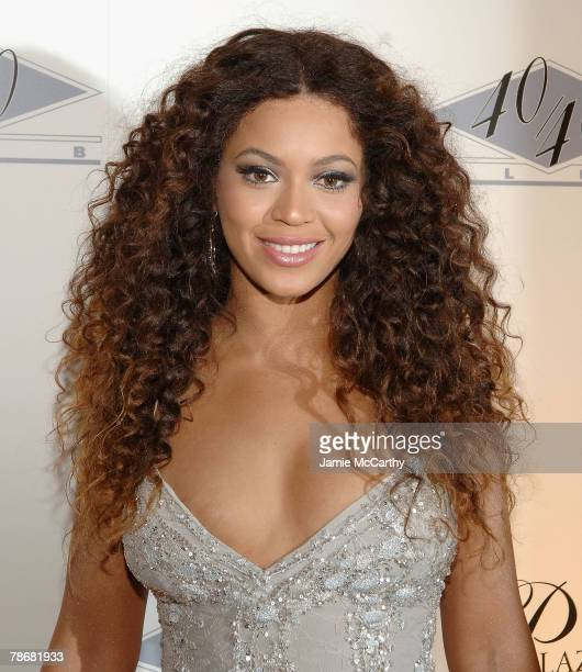 Beyonce Knowles attends The Grand Opening of JayZ's 40/40 Club At The Palazzo Hotel Las Vegas December 30 2007