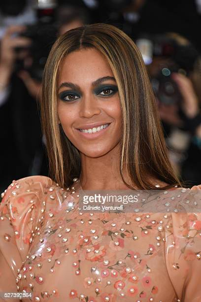 Beyonce Knowles attends the 'Manus x Machina Fashion In An Age Of Technology' Costume Institute Gala at the Metropolitan Museum on May 02 2016 in New...