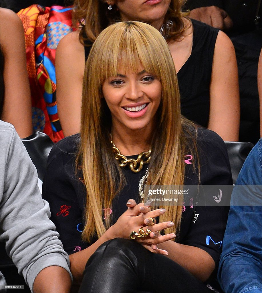 Beyonce Knowles attends the New York Knicks vs Brooklyn Nets game at Barclays Center on November 26, 2012 in the Brooklyn borough of New York City.