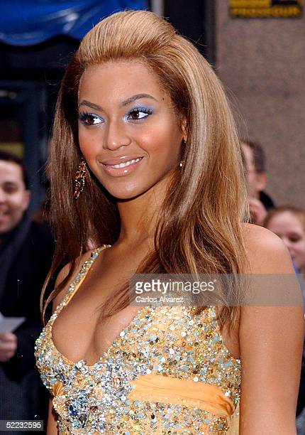 Beyonce Knowles attends the Premiere of the new Pepsi Advertisement at Circulo de Belles Artes on February 23 2005 in Madrid Spain The advert is set...