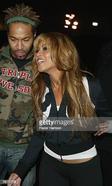 Beyonce Knowles Backstage at the 2003 Tall Pony Radio Music Awards outside the Aladdin Hotel and Casino October 27 2003 in Las Vegas Nevada