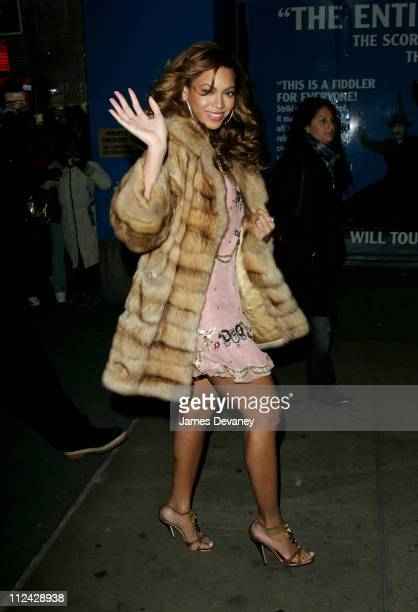 Beyonce Knowles during Beyonce Knowles Arrives at MTV's 'TRL' Studios February 7 2006 at MTV Studios Times Square in New York City New York United...