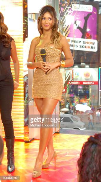 """Beyonce Knowles during Beyonce Visits MTV's """"TRL"""" - September 5, 2006 at MTV Studios - Times Square in New York City, New York, United States."""