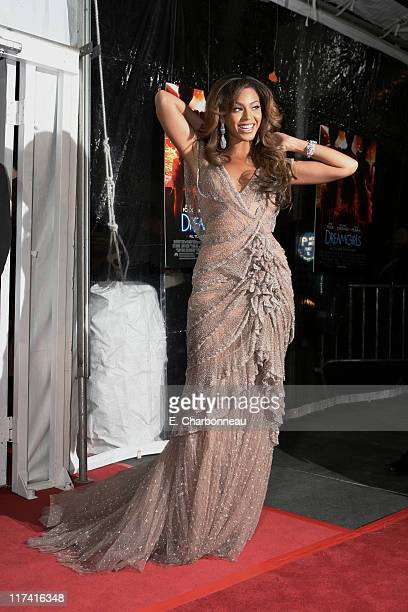 """Beyonce Knowles during The Premiere of Dreamworks Pictures' and Paramount Pictures' """"Dreamgirls"""" at Ziegfeld in New York City, New York, United..."""