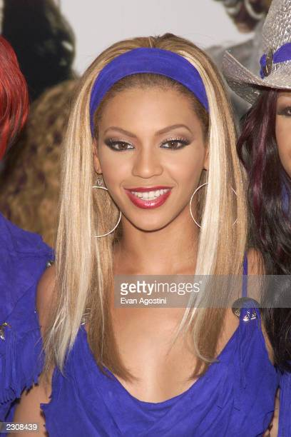 Beyonce Knowles of Destiny's Child at an instore appearance to meet fans and sign CD's at Coconuts Records in New York City Photo Evan Agostini /...