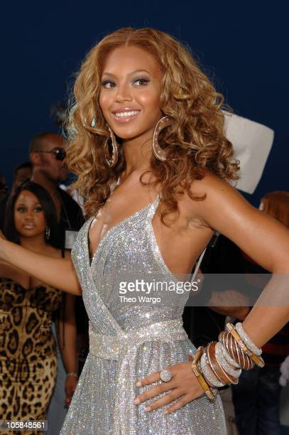 Beyonce Knowles of Destiny's Child during 2005 MTV Video Music Awards - Arrivals at American Airlines Arena in Miami, Florida, United States.