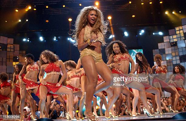 Beyonce Knowles performs at the 2003 MTV Video Music Awards