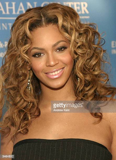 Beyonce Knowles poses at the Entertainment Industry Foundation's colon cancer benefit on the QM2 cruise ship at pier 92 on April 24 Manhattan New York