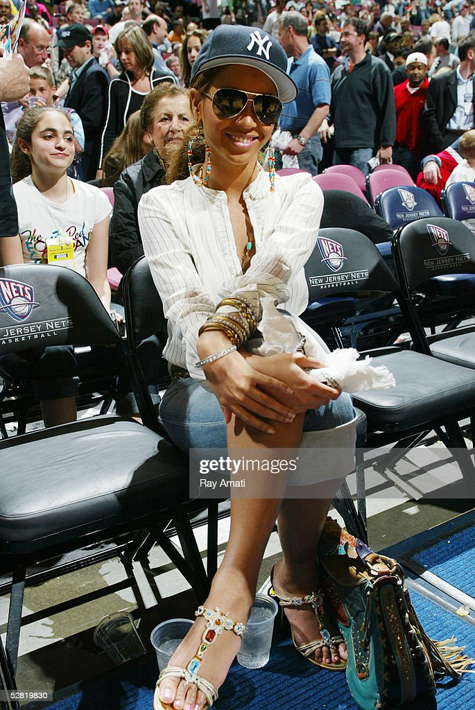 Beyonce Knowles watches the Miami Heat against the New Jersey Nets in Game four of the Eastern Conference Quarterfinals during the 2005 NBA Playoffs on May 1, 2005 at the Continental Airlines Arena in East Rutherford, New Jersey. The Heat won 110-97 to sweep the Nets 4-0 in the seven game series.