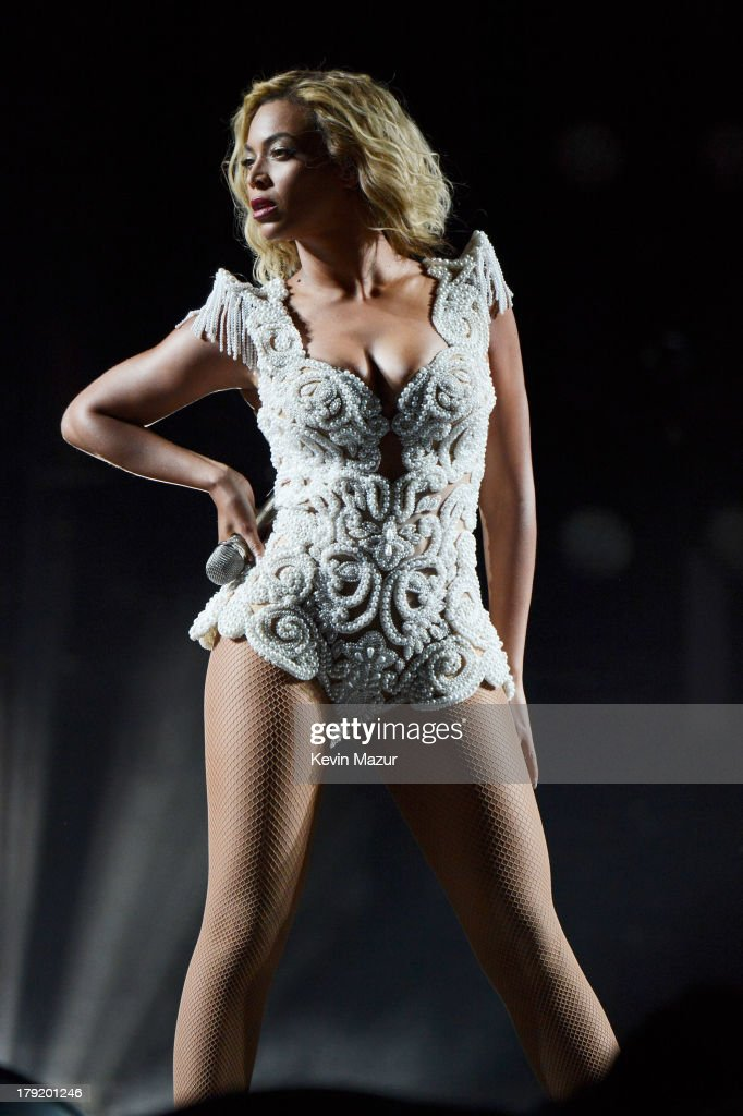 Beyonce performs during the 2013 Budweiser Made In America Festival at Benjamin Franklin Parkway on August 31, 2013 in Philadelphia, Pennsylvania.