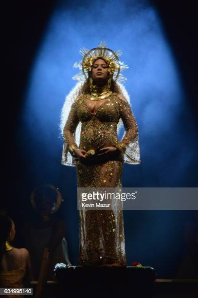 Beyonce performs onstage during The 59th GRAMMY Awards at STAPLES Center on February 12, 2017 in Los Angeles, California.