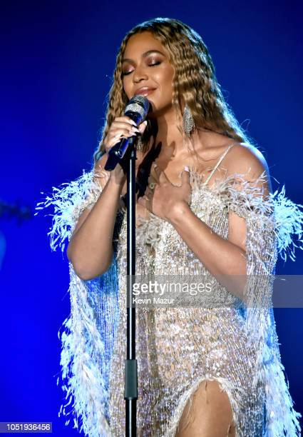 Beyonce performs onstage during the City of Hope Spirit of Life Gala 2018 at Barker Hangar on October 11, 2018 in Santa Monica, California.