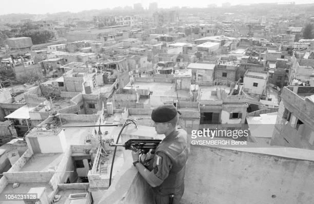 Beyrouth Liban avril 1983 Les militaires français de la force multinationale arrivés il y a sept mois ont renforcé la sécurité des immeubles où...