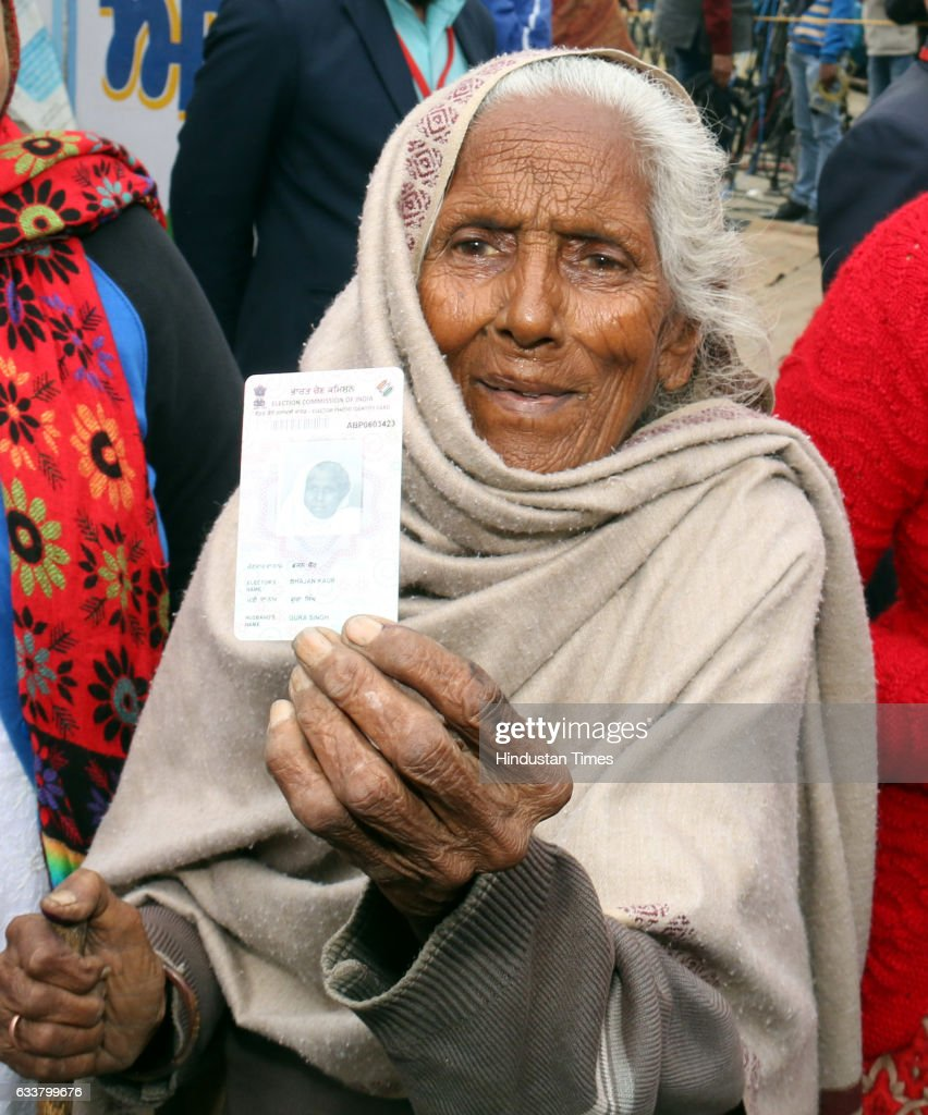 Bhajan Kaur a resident of Badal village casts her vote at Badal village on February 4 2017 in Lambi India Punjab on Saturday voted in its first and...