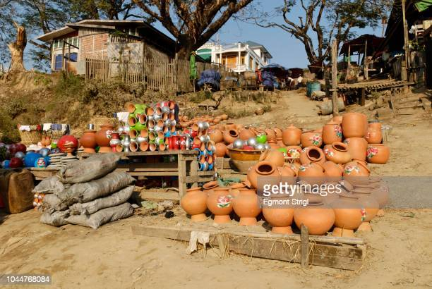 bhamo harbour on the irrawaddy river, katchin state, myanmar - state stock pictures, royalty-free photos & images
