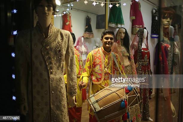 A bhangra drummer on the Golden Mile entertains the crowds as they celebrate the Hindu festival of Diwali on October 23 2014 in Leicester England Up...