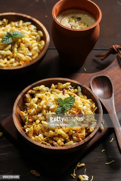 bhel chaat - north indian street food - north indian food stock photos and pictures