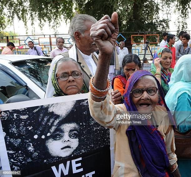 Bhopal-Gas-Peedit-Nirashrit-pensioners demonstrating at Neelam park on the eve of 31st anniversary of Bhopal Gas tragedy on December 2, 2015 in...