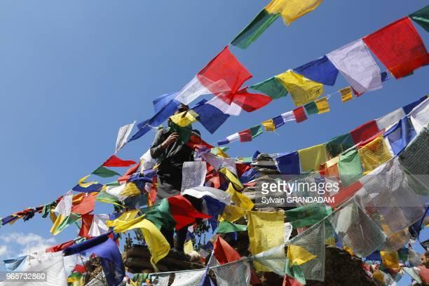 Bhoutan district de Paro Taktshang la Tanire du Tigre monastre accroch une falaise un des lieux de plerinage les plus vnrs du monde himalayen