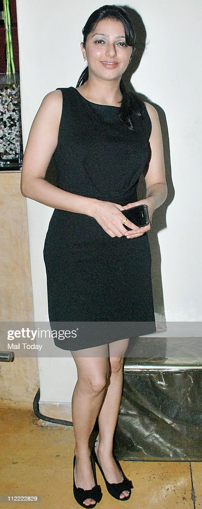 Bhumika Chawla at Satish Kaushik's birthday party at Mangi Ferra in Mumbai on April 13 2011