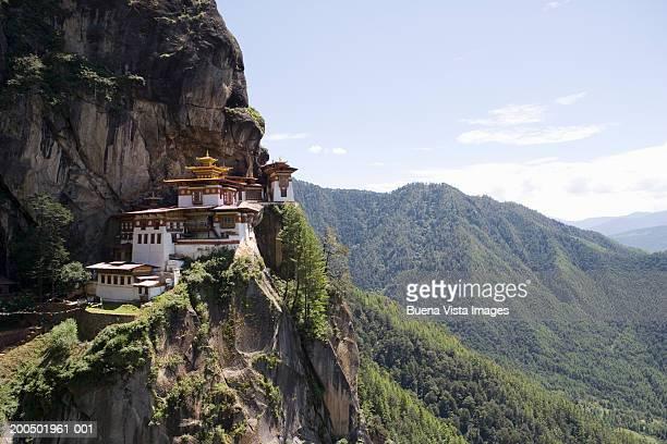 bhutan, paro, taktshang goemba monastery - paro stock pictures, royalty-free photos & images