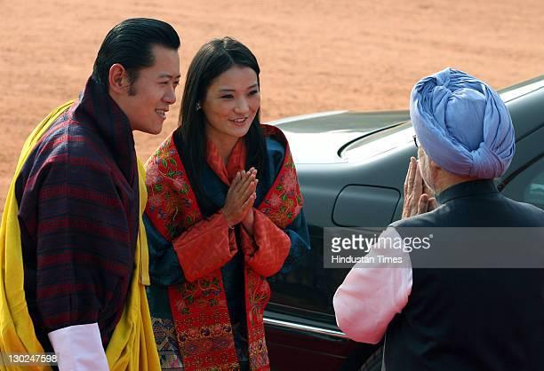 Bhutan's King Jigme Khesar Namgyel Wangchuck introduces his newlywed Queen Jetsun Pema to Prime Minister Manmohan Singh during Wangchuck's ceremonial...