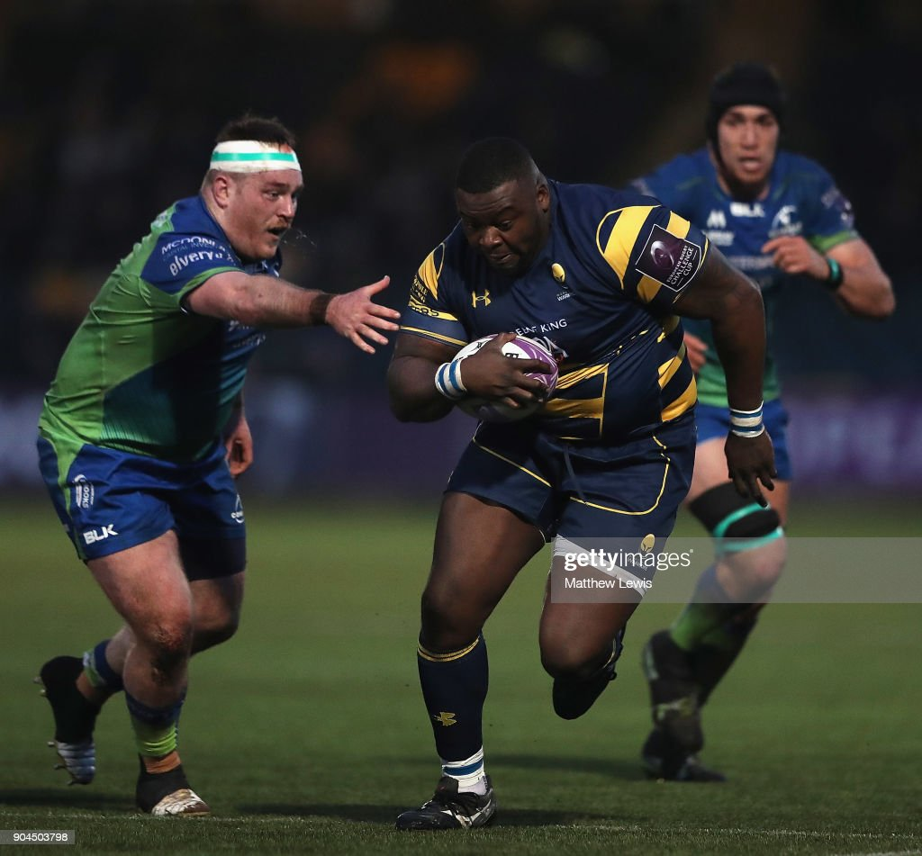 Bi Alo of Worcester Warriors makes a break during the European Rugby Challenge Cup match between Worcester Warriors and Connacht Rugby on January 13, 2018 in Worcester, United Kingdom.