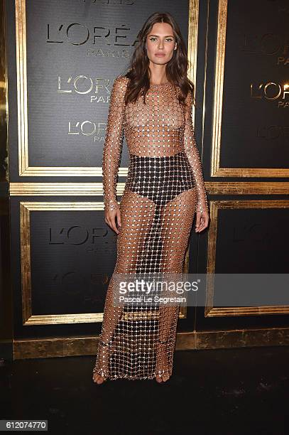 Bianca Balti attends the Gold Obsession Party L'Oreal Paris Photocall as part of the Paris Fashion Week Womenswear Spring/Summer 2017 on October 2...