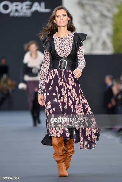 Bianca Balti walks the runway during the Le Defile L'Oreal Paris show as part of the Paris Fashion Week Womenswear Spring/Summer 2018 on October 1...