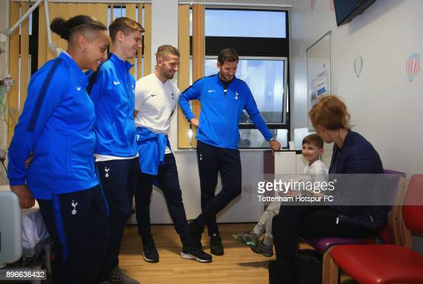 Bianca Baptiste Juan Foyth Toby Alderweireld and Jan Vertonghen meet a young patient during a Tottenham Hotspur player visit at North Middlesex...