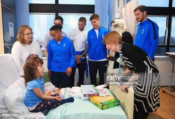 Bianca Baptiste Toby Alderweireld Juan Foyth and Jan Vertonghen meet a young patient during a Tottenham Hotspur player visit at North Middlesex...