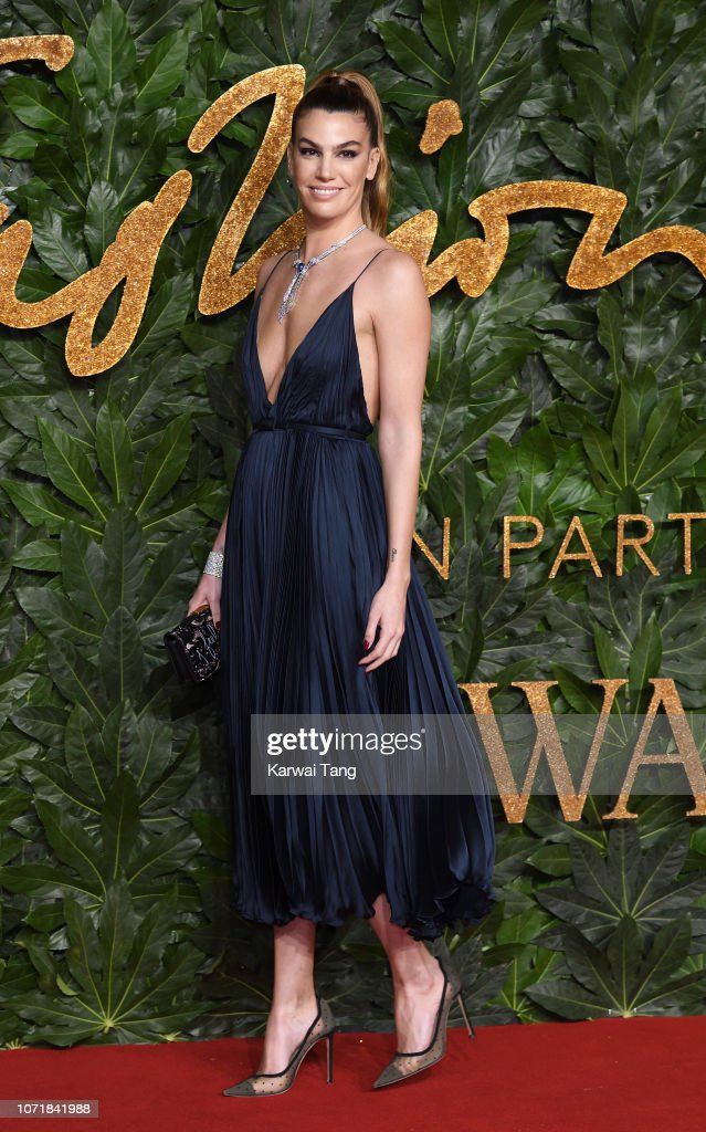 https://media.gettyimages.com/photos/bianca-brandolini-dadda-arrives-at-the-fashion-awards-2018-in-with-picture-id1071841988