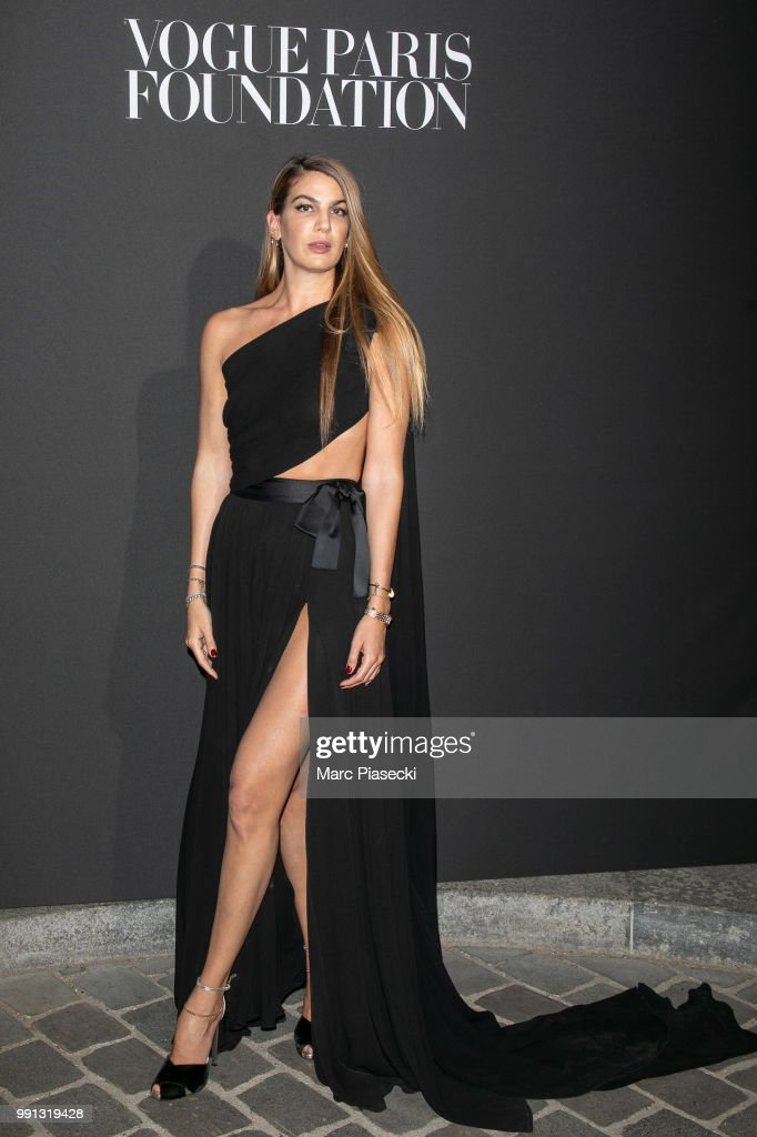 bianca-brandolini-dadda-attends-the-vogue-foundation-dinner-photocall-picture-id991319428