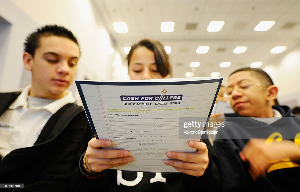 Students Attend College And Career Convention In Los Angeles : News Photo