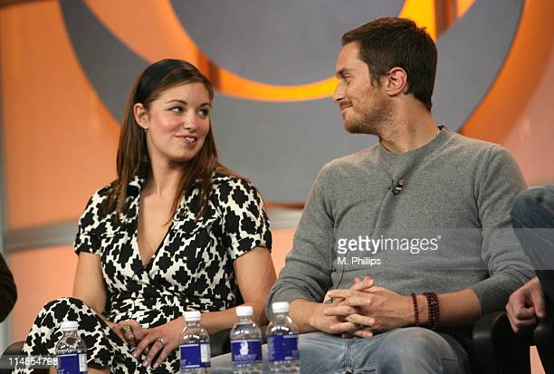 Bianca Kajlich and Oliver Hudson of Rules of Engagement