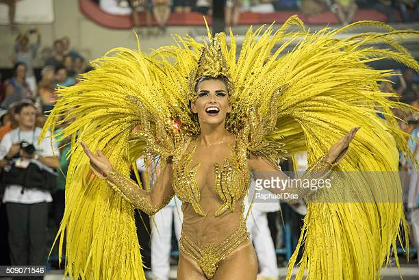 Bianca Leao dances during Uniao da Ilha performance at the Rio Carnival in Sambodromo on February 7 2016 in Rio de Janeiro Brazil Despite the Zika...