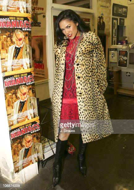 Bianca Smith during '2001 Maniacs' DVD Release Party and Cast Signing at Hollywood Book Poster March 29 2006 at Hollywood Book Poster in Hollywood...
