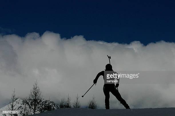 Biathlon Impression Biathlon Staffel der Frauen ber 125 km 23 2 2006 olympische Winterspiele in Turin 2006 olympic winter games in torino 2006