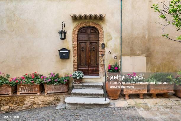 bibbona in the val di cecina, livorno, tuscany, italy - cittadina foto e immagini stock