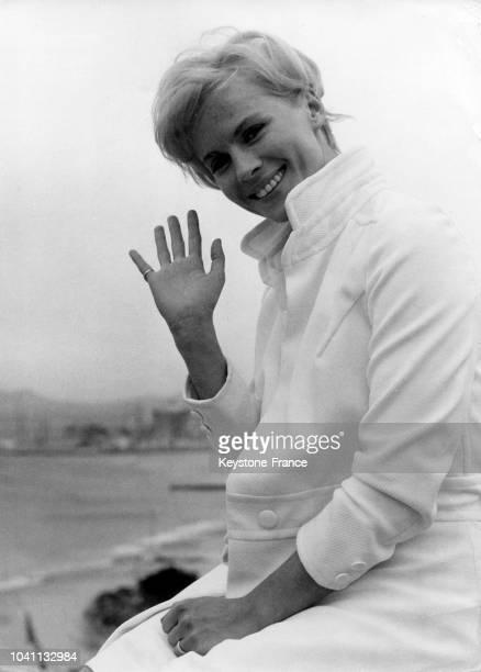 Bibi Andersson actrice suédoise sur la terrasse du Palais des Festivals à Cannes France le 14 mai 1966