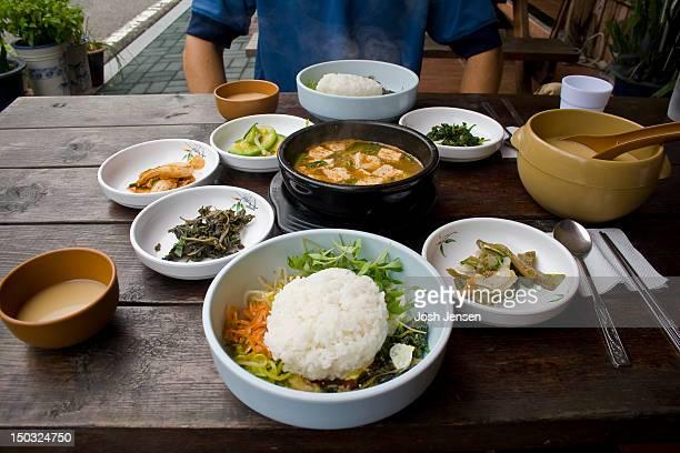 Bibimbap and Dongdongju